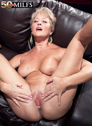 Mature wife creampie gallery