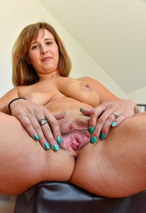 www mature pussy