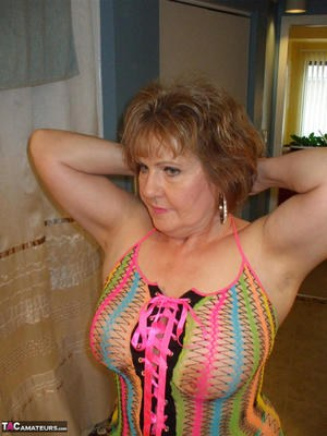 Have Free naked pictures of older women